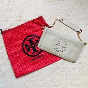 Tory Burch Reva clutch with dust bag
